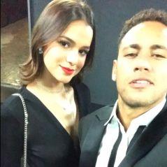 Bruna Marquezine e Neymar Jr. se beijam em vídeo durante festa em Barcelona!
