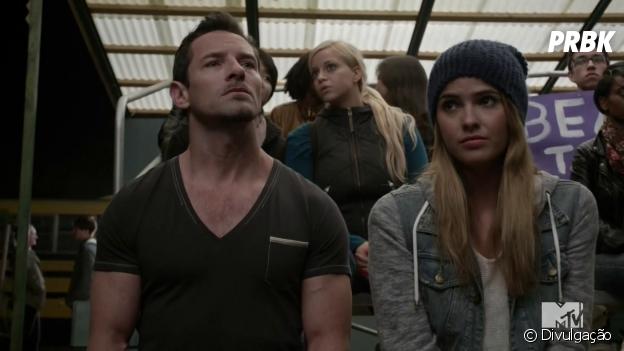 "Em ""Teen Wolf"", Malia (Shelley Hennig) e Peter (Ian Bohen) vão se aproximar?"