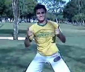 Hugo Bonemer está com saudade de lutar capoeira!