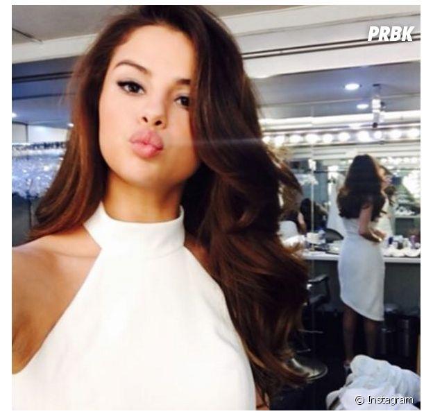 Selena Gomez usa o Instagram pra mostrar que está em estúdio