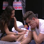 """No """"BBB17"""": Marcos e Emilly terminam namoro após briga por causa de Elettra!"""