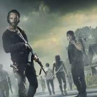 """Em """"The Walking Dead"""": final da 7ª temporada será """"um circo trágico de emoção"""", segundo showrunner"""