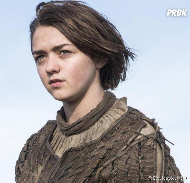 """Arya (Maisie Williams) mostrou que não está pra brincadeira em """"Game of Thrones"""""""