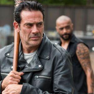 """De """"The Walking Dead"""": na 8ª temporada, produtores se encontram e dão início às gravações!"""