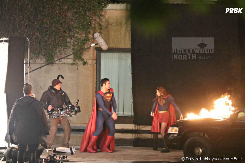 Supergirl e Superman protagonizam cenas de ação