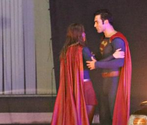 """Superman faz participação em série """"Supergirl"""""""