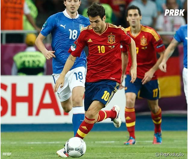 O meia Fábregas é mais um da Espanha na lista.