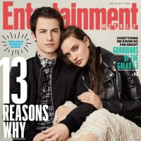 "De ""13 Reasons Why"": protagonistas Dylan Minnette e Katherine Langford posam juntos para ensaio!"