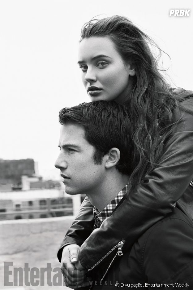 "Dylan Minnette e Katherine Langford, de ""13 Reasons Why"", posam juntos para ensaio da Entertainment Weekly"