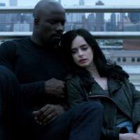 """Em """"Os Defensores"""": Luke Cage e Jessica Jones vivendo romance na série? Ator fala sobre chance!"""