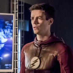 """Em """"The Flash"""": no final da 3ª temporada, Barry (Grant Gustin) corre risco ao tentar salvar Iris!"""
