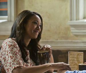 """Em """"The Flash"""": Iris e Barry vivem momentos eletrizantes no último episódio da 3ª temporada!"""