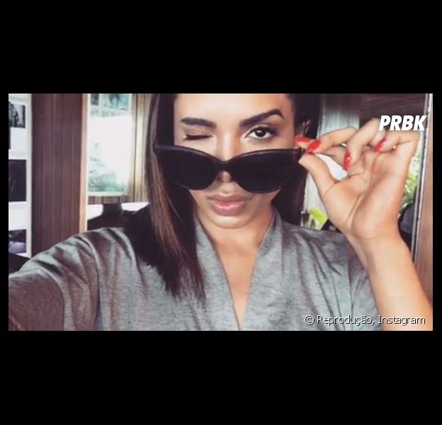 Anitta e as 14 melhores maquiagens da poderosa!