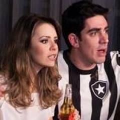 Bem devassa! Sandy aparece bebendo cerveja ao lado de Marcelo Adnet em novo clipe