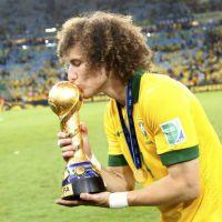David Luiz ganha tumblr que homenageia gesto fofo dele na Copa do Mundo 2014