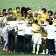 Todos os brasileiros e jogadores da Seleção estão acompanhando a recuperação de Neymar