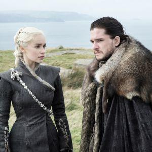 """De """"Game of Thrones"""", na 7ª temporada: Jon Snow e Daenerys têm despedida emocionante!"""