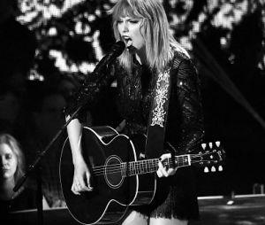 Taylor Swift exigiu que o réu pagasse um dólar à ela e prometeu ajudar vítimas de abuso após o veredito
