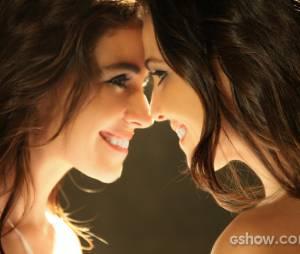 """Clara (Giovanna Antonelli) e Marina (Tainá Müller) se casarão na novela """"Em Família""""!"""