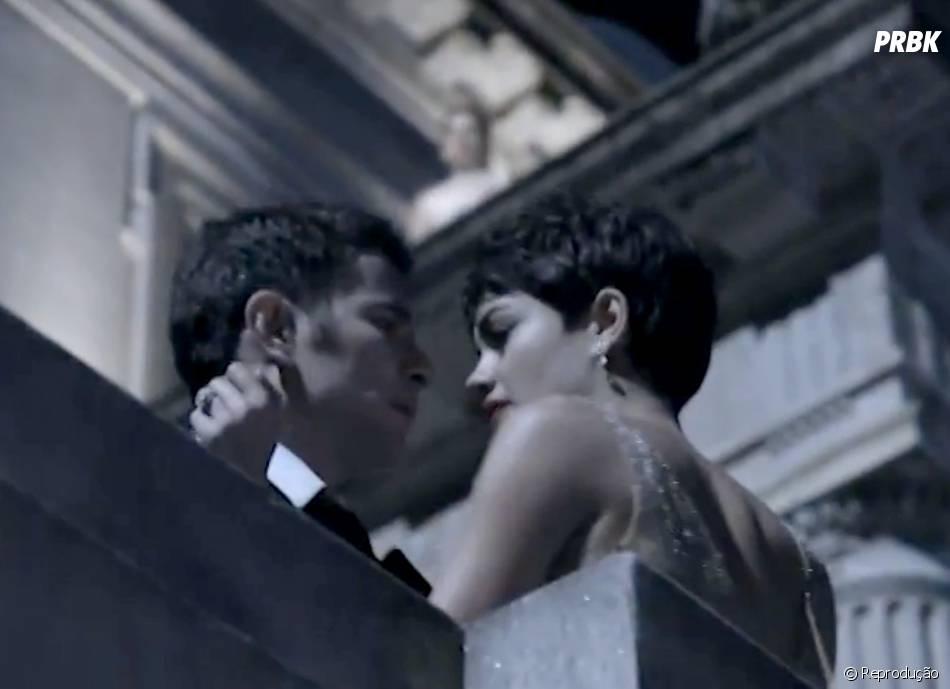 """Além de ter muitas cenas quentes entre Sophie Charlotte e Daniel de Oliveira, foi nos bastidores de """"O Rebu"""" que eles começaram a namorar"""