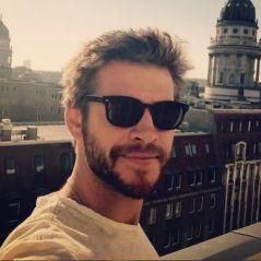 """Liam Hemsworth publica texto em apoio ao casamento gay: """"É um direito humano"""""""