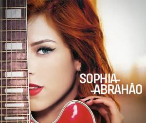O primeiro CD solo de Sophia Abrahão rendeu à estrela uma indicação ao Grammy Latino como Artista Revelação
