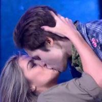 """Nicolas Prattes comenta beijo em dançarina no """"Dança dos Famosos"""": """"Como em uma novela"""""""