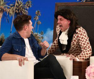 "Niall Horan leva susto em programa ""The Ellen Show"""