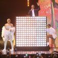 """Anitta canta """"Sua Cara"""" com Pabllo Vittar no Prêmio Multishow 2017"""