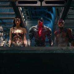 """Filme """"Liga da Justiça"""" ganha novo teaser com muitas cena de lutas e mostra personagem misterioso!"""