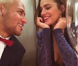 Bruna Marquezine fala sobre boatos de namoro com Neymar Jr.!