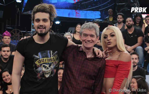 """Luan Santana e Pabllo Vittar posam com Serginho Groisman no """"Altas Horas"""" deste sábado (28)"""