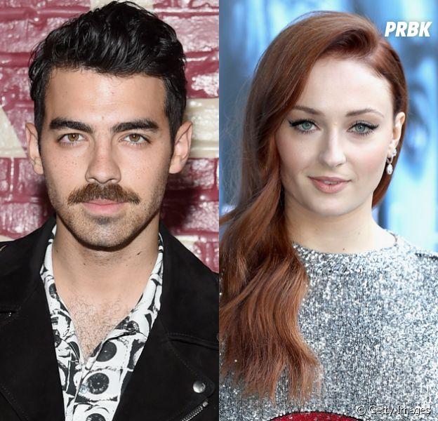 """Joe Jonas e Sophie Turner, de """"Game of Thrones"""", fizeram uma festa de noivado no último final de semana, em Nova York!"""