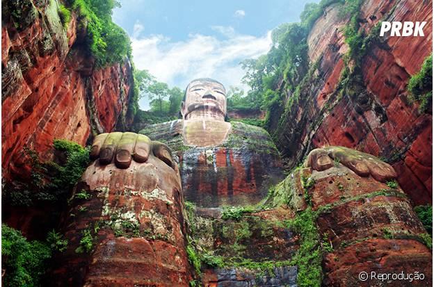 A maior estátua de Buda do mundo fica na China!
