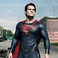 """Após """"Liga da Justiça"""", Henry Cavill tem contrato para viver Superman em mais um filme da DC Comics"""