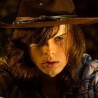 """Em """"The Walking Dead"""": na 8ª temporada, Carl vai morrer? Veja provas de que isso pode acontecer!"""