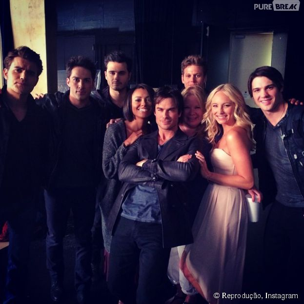 """O elenco de """"The Vampire Diaries"""" fez a sessão de fotos para a 6ª temporada"""