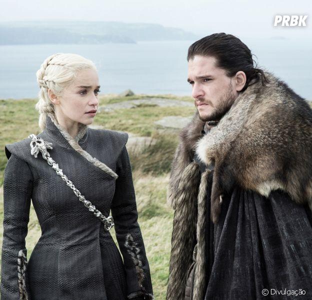 """Série """"Game of Thrones"""" é a mais pirateada do mundo em 2017; """"The Walking Dead"""" e """"The Flash"""" completam o top 3."""