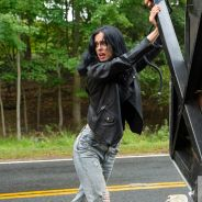 """De """"Jessica Jones"""", na 2ª temporada: nova imagem é divulgada e mostra toda a força da personagem!"""
