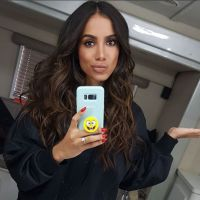"Anitta manda indiretas no stories do Instagram e fãs reagem: ""Afrontosa"""
