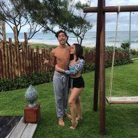 """Mel Maia e o namorado, Erick Andreas, curtem praia e se declaram: """"Verdadeiro significado do amor"""""""