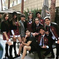 """Com ex-atores de """"Rebelde"""", novela """"Like La Leyenda"""" divulga fotos do 1º dia de gravações!"""