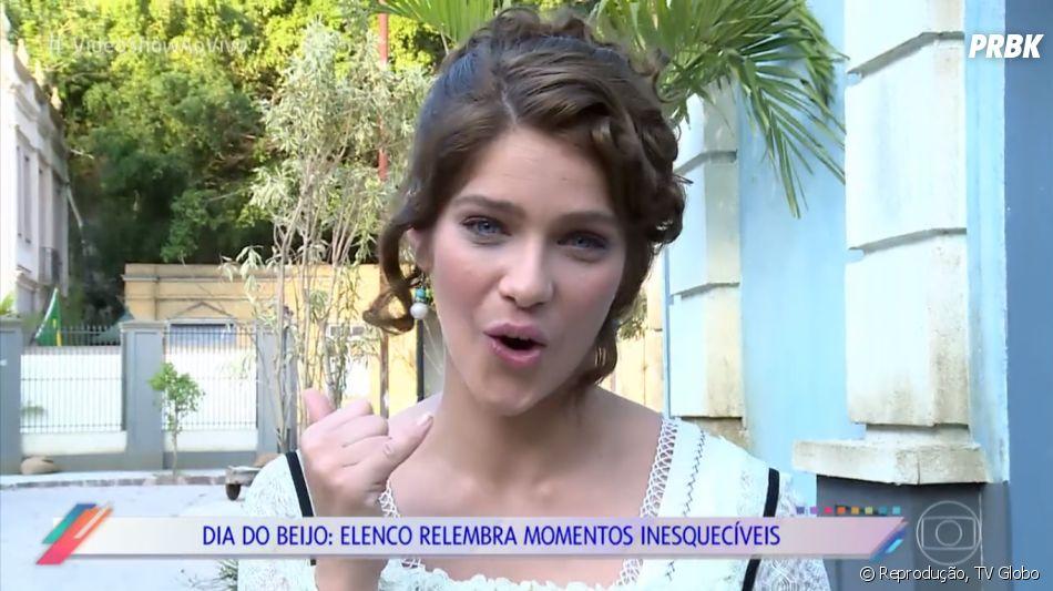 """Isabella Santoni participa do """"Vídeo Show"""" contando como foi seu primeiro beijo"""