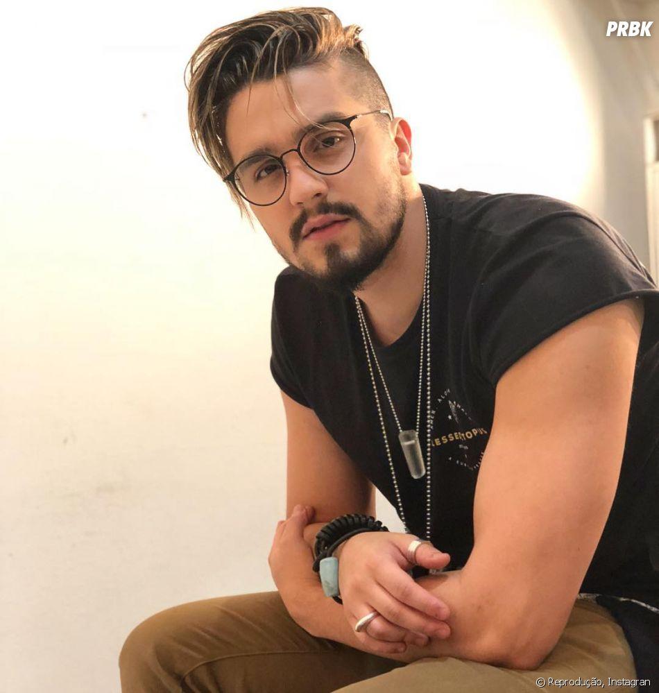 Luan Santana conta vários segredos para Matheus Mazzafera em quadro do canal do youtuber