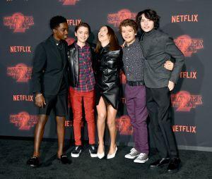 """De """"Stranger Things"""", elenco se reúne para comemorar 3ª temporada"""