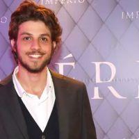 Chay Suede encabeça lista de famosos brasileiros mais comentados de agosto