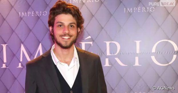 Arrasou! Chay Suede lidera ranking dos artistas brasileiros mais falados da TV