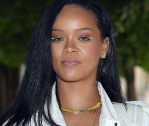 Rihanna publica fotos em estúdio e a internet pira!