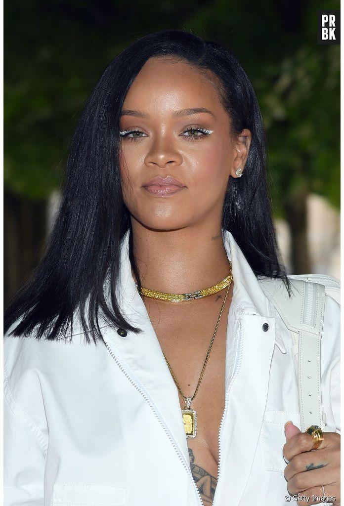 Rihanna e seu novo álbum  cantora publica fotos em estúdio e fãs comemoram  - Purebreak dad6cec68e