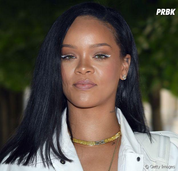 Rihanna e seu novo álbum  cantora publica fotos em estúdio e fãs ... 29ec9aaa72